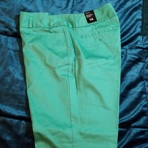 New Limited  Drew fit size 14 pencil pant